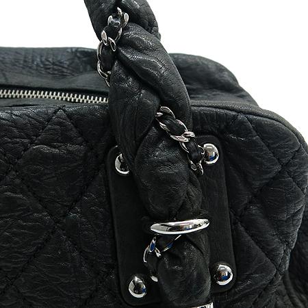 Chanel(샤넬) 블랙 퀼팅 스티치 레더 볼링 토트백 이미지3 - 고이비토 중고명품