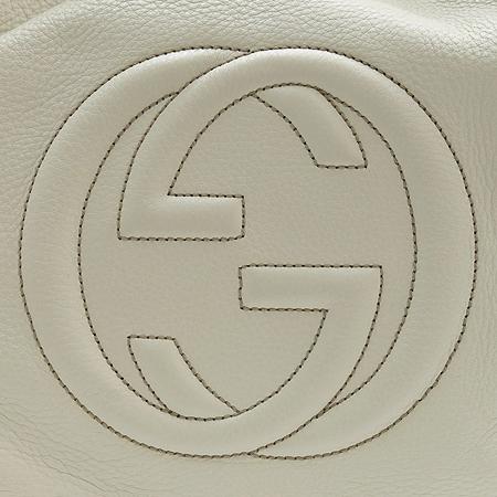 Gucci(구찌) 282308 아이보리 레더 로고 태슬 장식 빅 숄더백