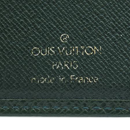 Louis Vuitton(루이비통) M30488 타이가 레더 6 크레딧 카드 슬롯 반지갑 이미지3 - 고이비토 중고명품