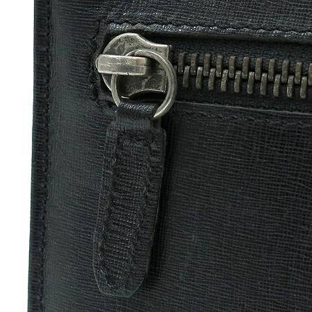 Versace(베르사체) 로고 터치 버클 블랙 레더 세컨드백 이미지4 - 고이비토 중고명품