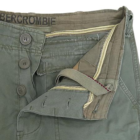 Abercrombie(아베크롬비) 카키 컬러 카고 바지 이미지2 - 고이비토 중고명품