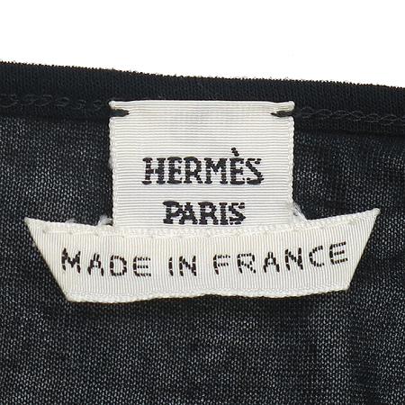 Hermes(에르메스) 블랙 컬러 시스루 브이넥 나시