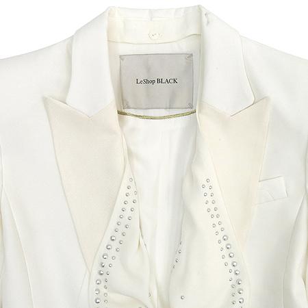Leshop(르샵) 화이트 컬러 자켓 이미지2 - 고이비토 중고명품