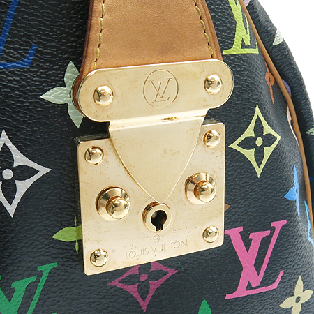 Louis Vuitton(���̺���) M92642 ���� ��Ƽ�÷� �? ��Ƽ���ǵ� 30 ��Ʈ��