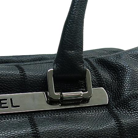 Chanel(샤넬) 은장 로고 장식 소프트 캐비어스킨 누빔 스티치 숄더백