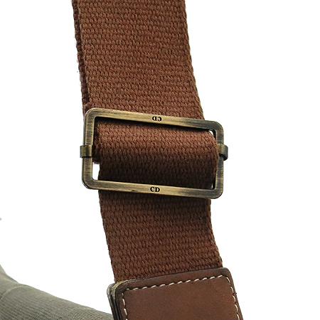 Dior(크리스챤디올) 레더 패치 패브릭 새들 크로스백 [강남본점] 이미지3 - 고이비토 중고명품