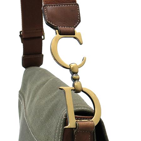 Dior(크리스챤디올) 레더 패치 패브릭 새들 크로스백 [강남본점] 이미지4 - 고이비토 중고명품