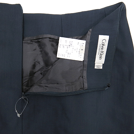Calvin Klein(캘빈클라인) 그레이 컬러 실크혼방 스커트 [강남본점] 이미지3 - 고이비토 중고명품