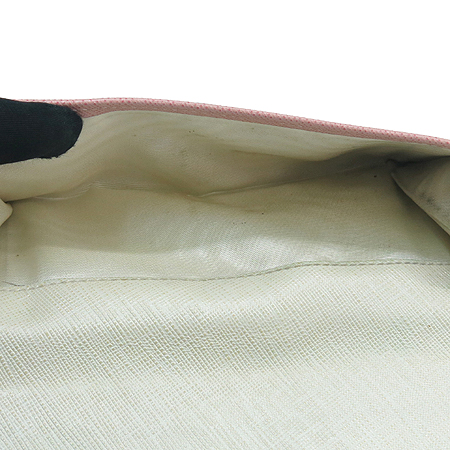 Ferragamo(페라가모) 22 5075 핑크 사피아노 은장 간치니 로고 중지갑