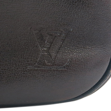 Louis Vuitton(루이비통) M92534 유타 레더 이로쿠아 크로스백