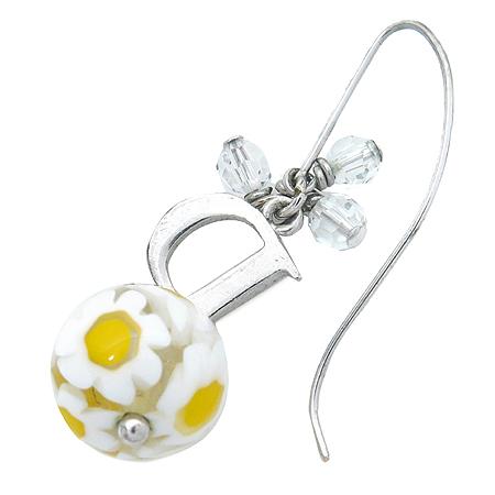 Dior(크리스챤디올) 플라워 로고 장식 귀걸이