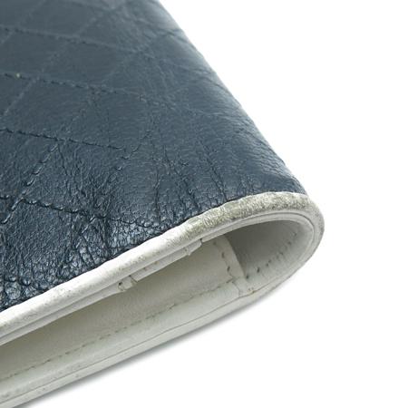 Chanel(샤넬) COCO 은장 로고 퀼팅 화이트 레더 트리밍 장지갑 이미지3 - 고이비토 중고명품