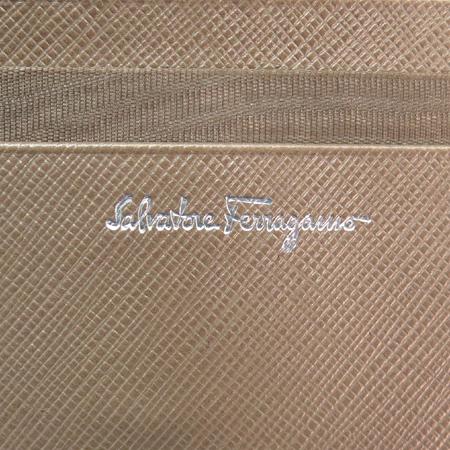 Ferragamo(페라가모) 22 4639 은장 간치니 로고 장식 3단 반지갑