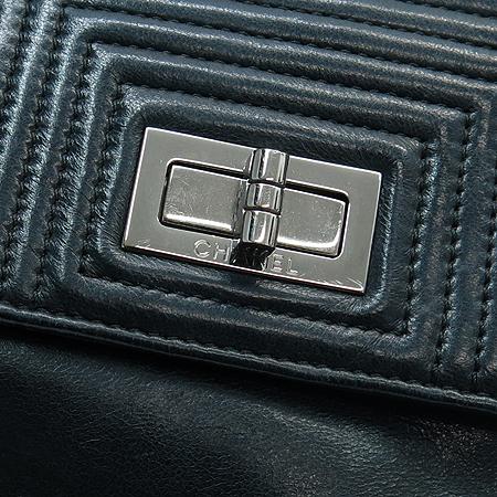 Chanel(샤넬) 블랙 컬러 램스킨 투포켓 클러치백