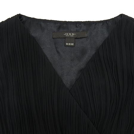 JESSI NEWYORK(제시뉴욕) 블랙 컬러 민소매 원피스