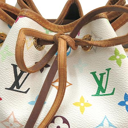Louis Vuitton(루이비통) M42229 모노그램 멀티화이트 캔버스 쁘띠노에 숄더백 [강남본점] 이미지3 - 고이비토 중고명품