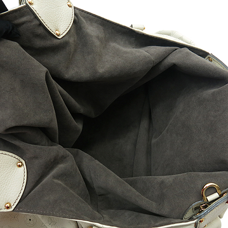 Louis Vuitton(루이비통) M95546 마히나 레더 그레이 XXL사이즈 숄더백 [강남본점] 이미지4 - 고이비토 중고명품