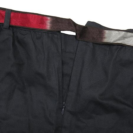 MAJE(마쥬) 챠콜그레이 컬러 스커트(허리끈 SET)