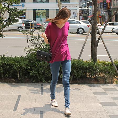 Chanel(샤넬) 캐비어스킨 다크브라운 원 포켓 짚업 은장로고 체인 숄더백 이미지7 - 고이비토 중고명품