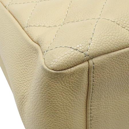 Chanel(샤넬) A20995  베이지 캐비어스킨 그랜드샤핑 은장 체인 숄더백 이미지6 - 고이비토 중고명품