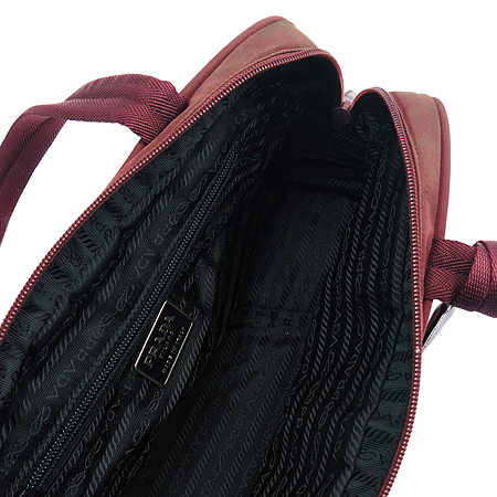 Prada(프라다) B10071 로고 장식 패브릭 숄더백 이미지5 - 고이비토 중고명품