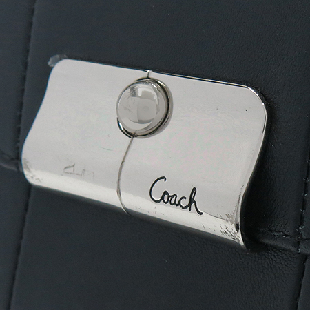 Coach(코치) 은장 장식 블랙 레더 반지갑