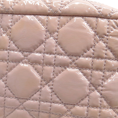 Dior(크리스챤디올) M9802PVRK 카나쥬 퀼팅 금장 버틀 페이던트 금장 체인 숄더백 [부산본점]