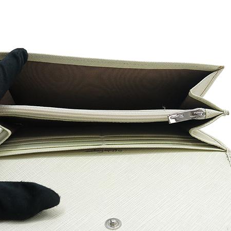 Ferragamo(페라가모) 22 7121 화이트 사피아노 은장 간치니 장식 장지갑
