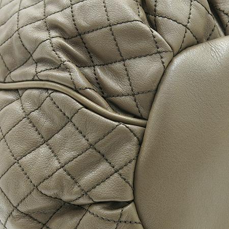 D&G(돌체&가바나) LILY GLAM 라인 브라운 퀼팅 레더 측면 로고 테슬 장식 은장 체인 숄더백 [부산센텀본점]