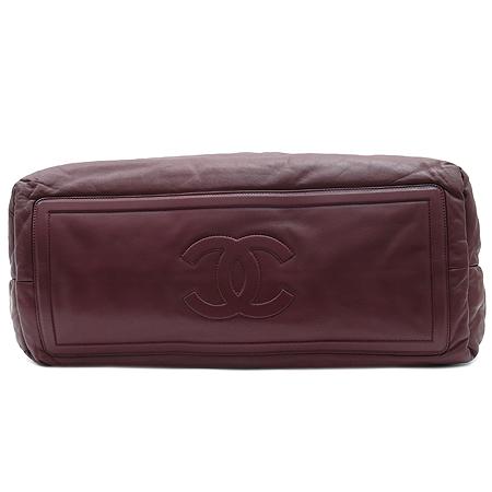 Chanel(샤넬) 블랙 / 와인 양면 램스킨 레더 코쿤 퀼팅 토트백 이미지5 - 고이비토 중고명품