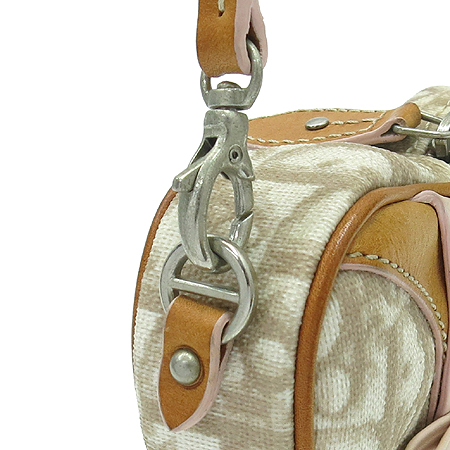 Dior(크리스챤디올) 러브 하트 로고 PVC 미니 파우치백 [강남본점] 이미지3 - 고이비토 중고명품