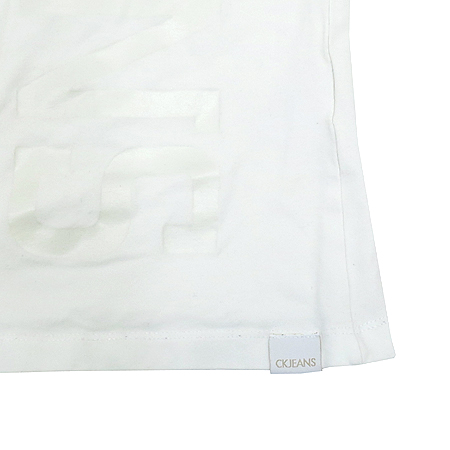 Calvin Klein(캘빈클라인) 화이트 컬러 티