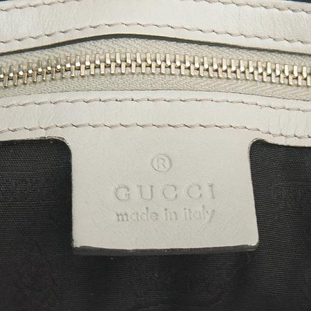 Gucci(구찌) 203504 GG로고 시마 레더 인터로킹 장식 숄더백