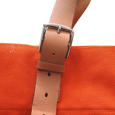Hermes(에르메스) 에트르비에르 쇼핑 오렌지패브릭 카우하이드 혼방 벨트장식 숄더백 이미지4 - 고이비토 중고명품