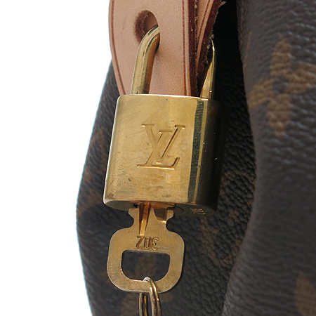 Louis Vuitton(���̺���) M95566 ���׷� ĵ���� ��Ʈ�ΰ���GM �����[�̾�������]