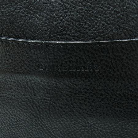 Burberry(버버리) 3797581 블랙레더 로고 스탬핑 사각 크로스백 [강남본점]