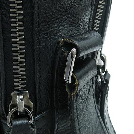 Burberry(버버리) 3797581 블랙레더 로고 스탬핑 사각 크로스백