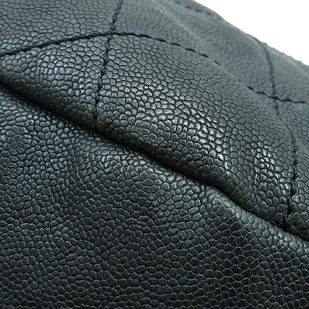 Chanel(샤넬) 빈티지 캐비어 스킨 은장 COCO 로고 호보 숄더백 이미지5 - 고이비토 중고명품