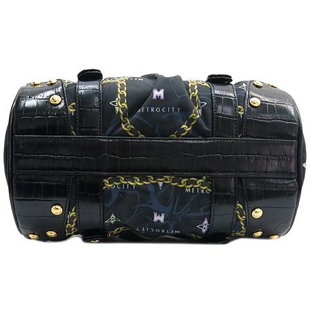 Metrocity(메트로시티) 금장 로고 장식 블랙 크로커 다일 패턴 디테일 원통 토트백