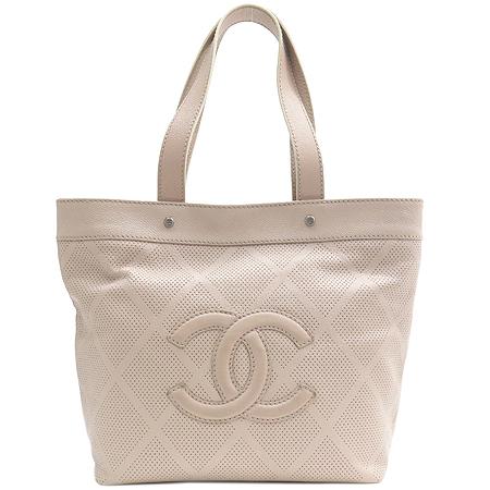 Chanel(샤넬) COCO 로고 캐비어 스킨 퍼포 바겟 숄더백 [부산본점]