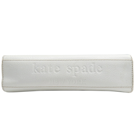 KATESPADE(케이트스페이드) 이니셜 라운드 버클 화이트 레더 숄더백 이미지4 - 고이비토 중고명품