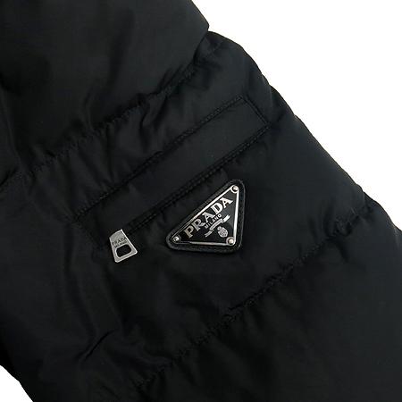 Prada(프라다) 블랙 컬러 패딩 점퍼