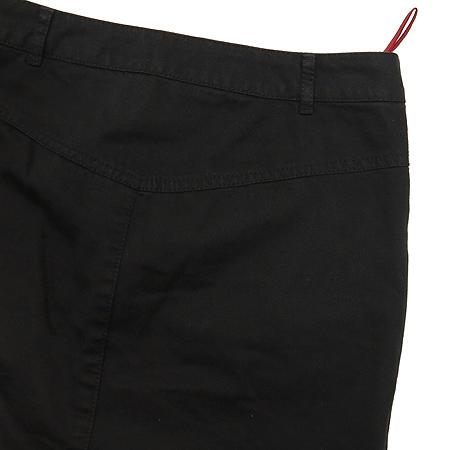 Prada(프라다) 블랙컬러 H라인 스커트