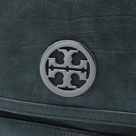 TORY BURCH(토리버치) 블랙 로고 장식 뱀피 패턴 체인 숄더백 이미지3 - 고이비토 중고명품