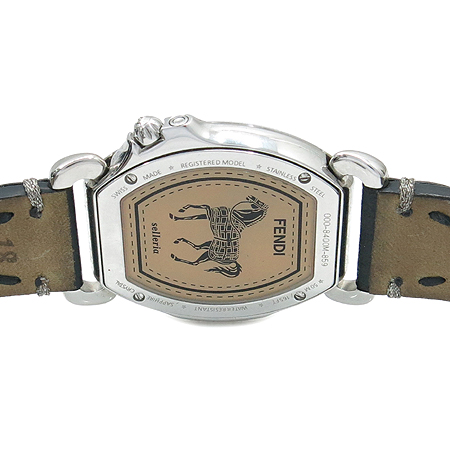 Fendi(펜디) 8400M 셀러리아 자개판 여성 가죽 밴드 시계 [명동매장]