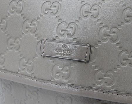 Gucci(����) 223666 GG �ΰ� �ø� ���� ũ�ν���