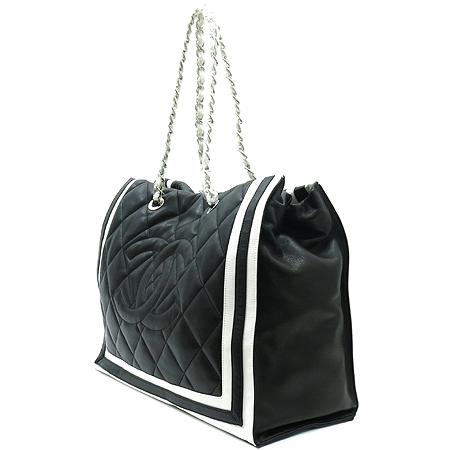 Chanel(샤넬) A47921 램스킨 블랙 로고스티치 LIDO(리도) 은장체인 숄더백 [부산센텀본점] 이미지3 - 고이비토 중고명품