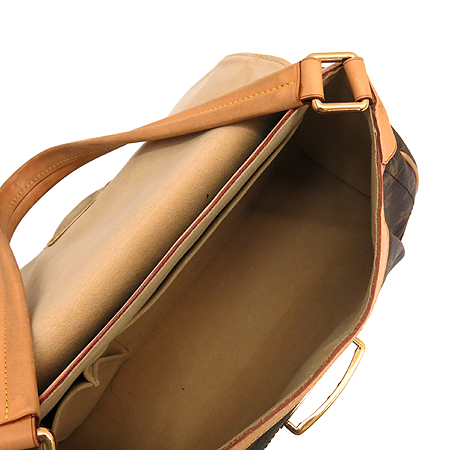 Louis Vuitton(루이비통) M40121 모노그램 캔버스 비버리 MM 숄더백 이미지7 - 고이비토 중고명품