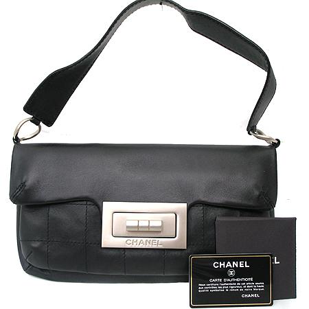 Chanel(샤넬) 2.55 빈티지 블랙 레더 빅버클 토트백
