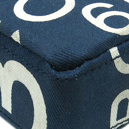 Chanel(샤넬) A18338Y02818 패브릭 체인 크로스 겸 다용도 케이스
